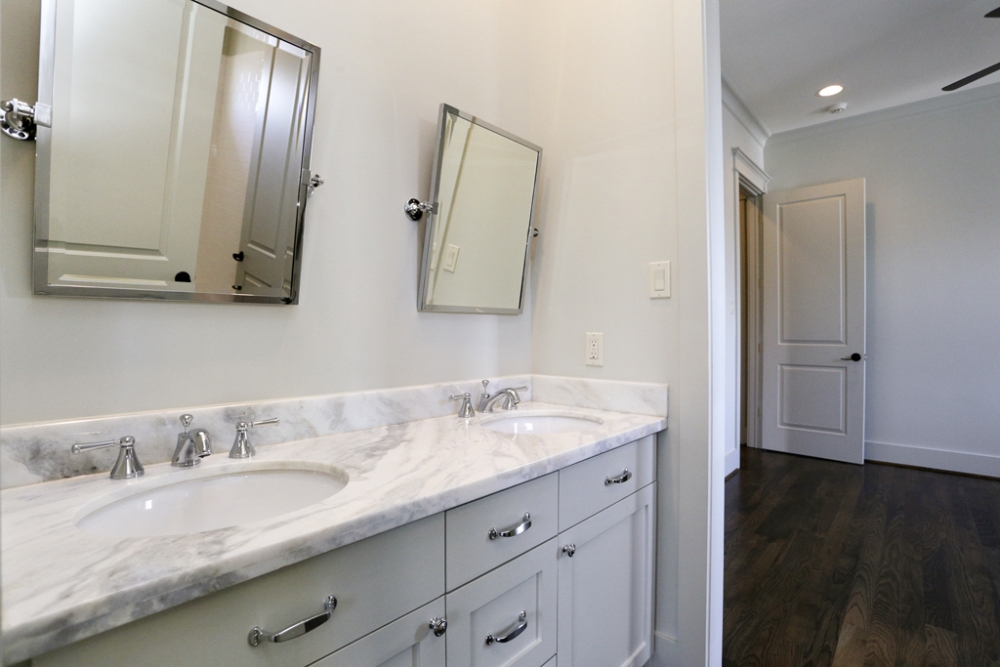 Georgetown-Traditional -West-U, bathroom