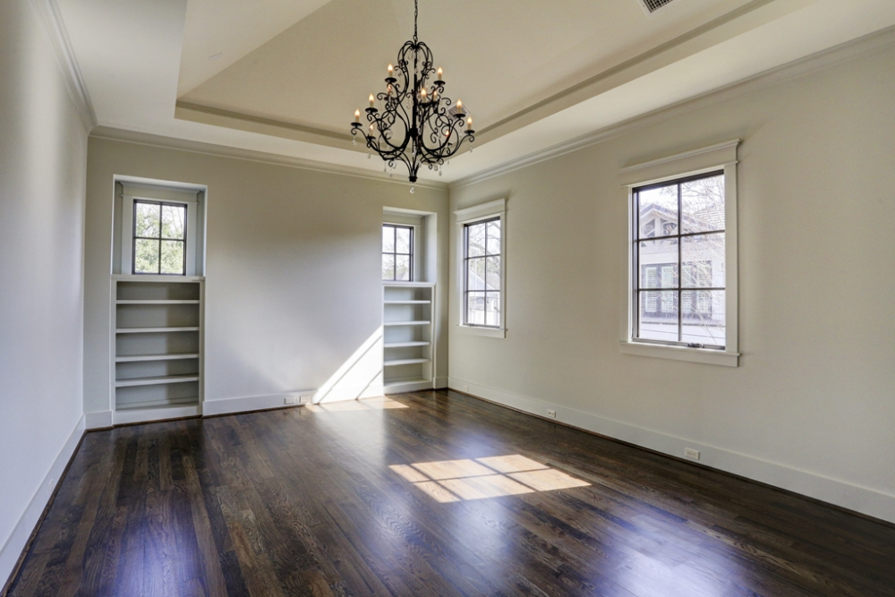 custom home builder, dining room with chandelier