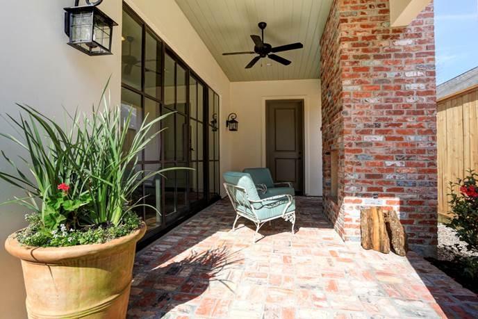custom brick outdoor padio