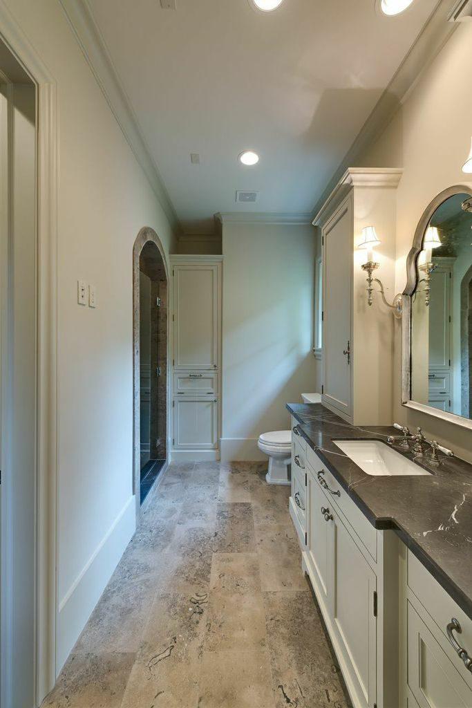del-Monte-River-Oaks-mirador-builders, bathroom