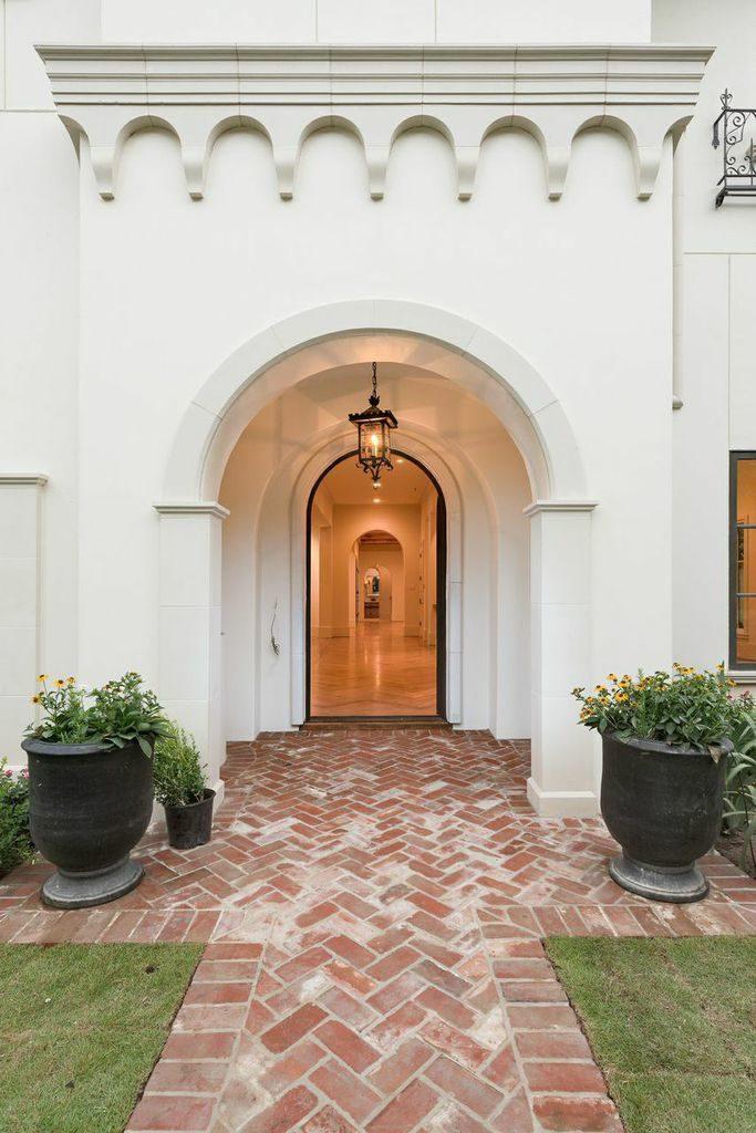 del-Monte-River-Oaks-mirador-builders, custom front entryway