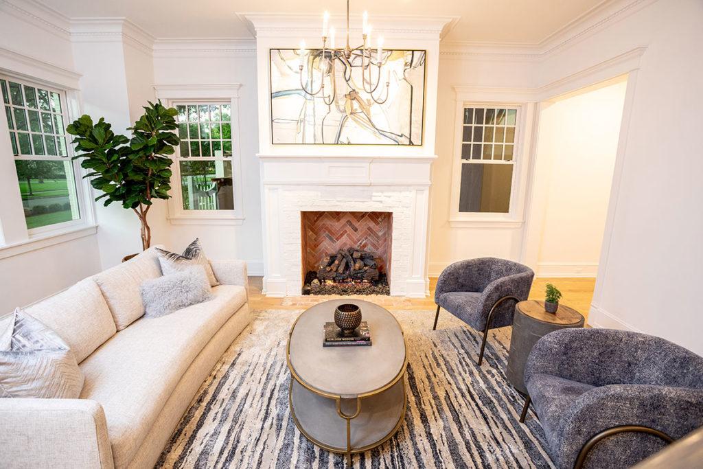 riber oaks custom home living room