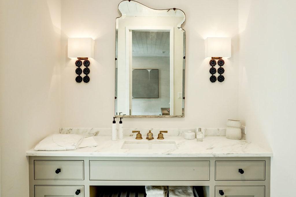 custom-bathroom-vanity